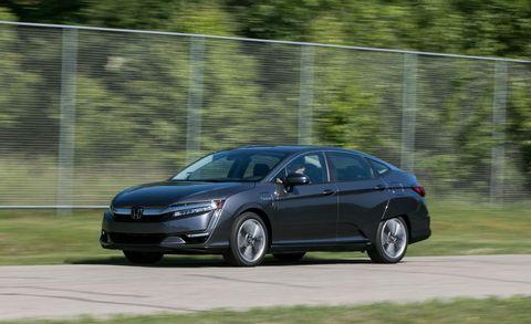 Land vehicle, Vehicle, Car, Mid-size car, Full-size car, Family car, Automotive design, Honda, Sedan, Luxury vehicle,
