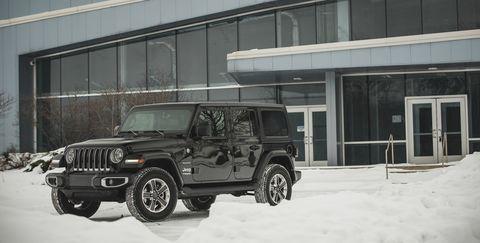 Land vehicle, Tire, Automotive tire, Snow, Vehicle, Car, Off-road vehicle, Jeep wrangler, Jeep, Automotive exterior,