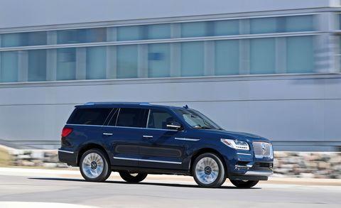 Land vehicle, Vehicle, Car, Motor vehicle, Luxury vehicle, Sport utility vehicle, Transport, Automotive design, Compact sport utility vehicle, Mini SUV,