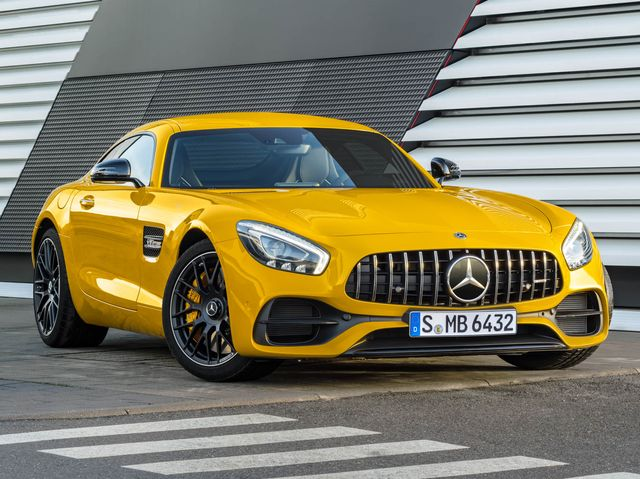 Mercedes Benz Amg Gt >> 2019 Mercedes Amg Gt Review Pricing And Specs
