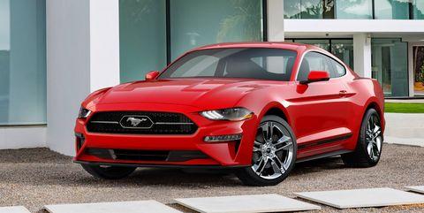 Tire, Wheel, Automotive design, Automotive tire, Vehicle, Window, Land vehicle, Hood, Automotive lighting, Alloy wheel,