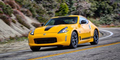 Land vehicle, Vehicle, Car, Sports car, Yellow, Motor vehicle, Performance car, Automotive design, Nissan 370z, Luxury vehicle,