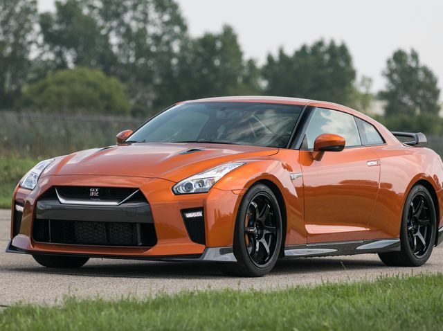How Much Horsepower Does A Gtr Have >> 2019 Nissan Gt R Review Pricing And Specs