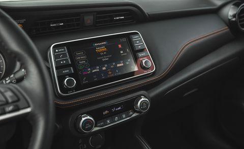 2018 Nissan Kicks SR PT