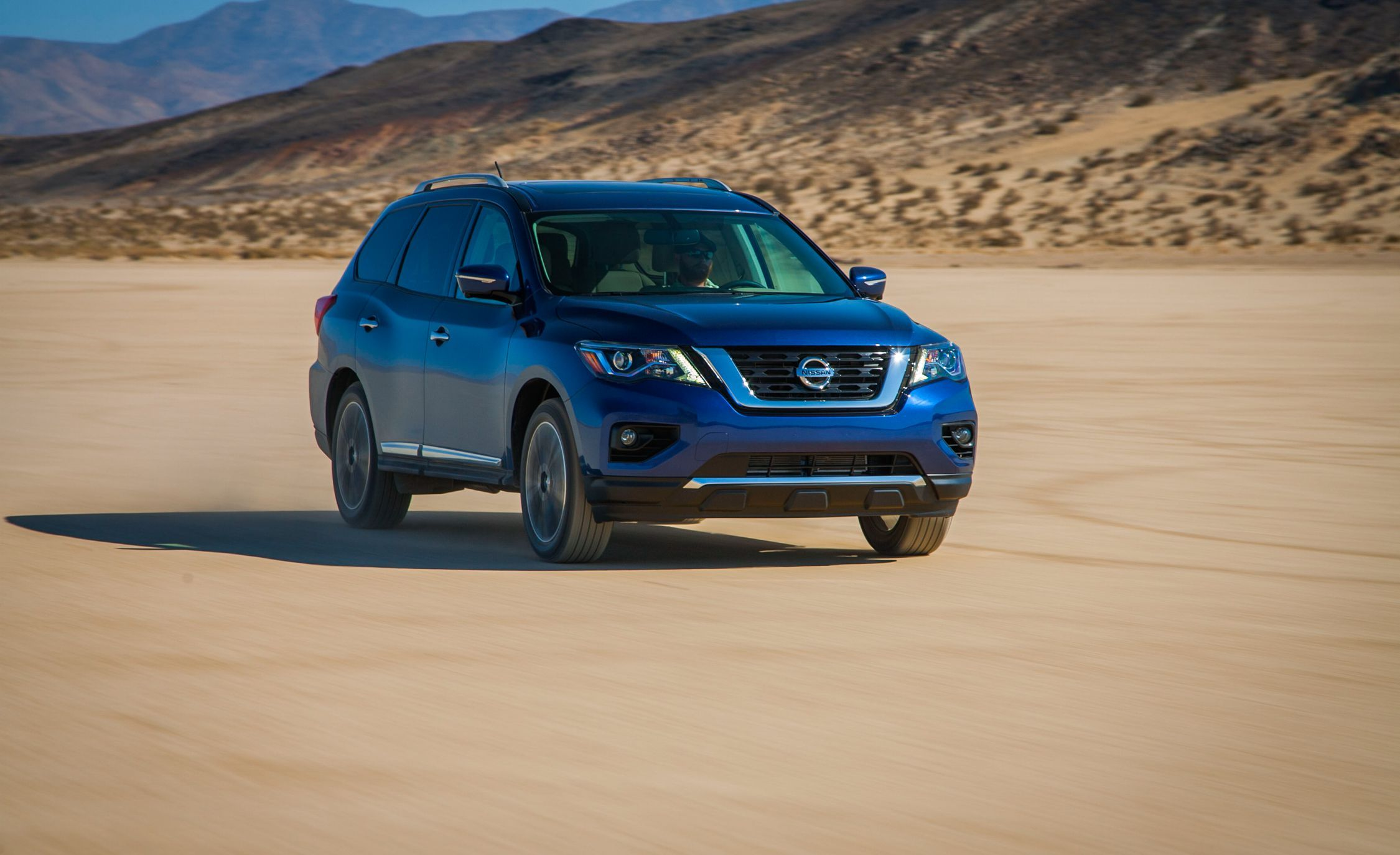 2019 Nissan Pathfinder Review Pricing And Specs
