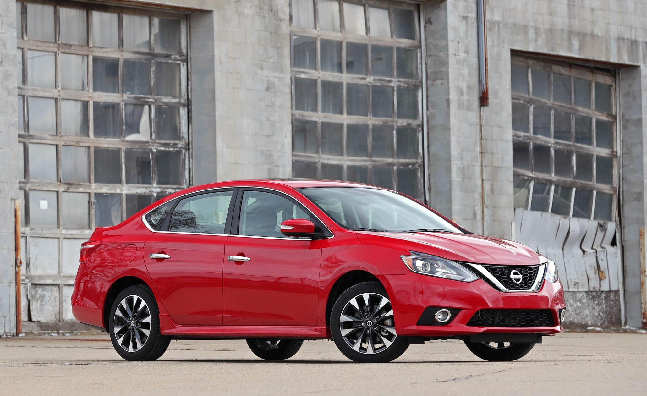 2018 Nissan Sentra front