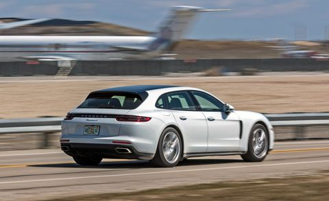 2018 Porsche Panamera 4/4S Sport Turismo