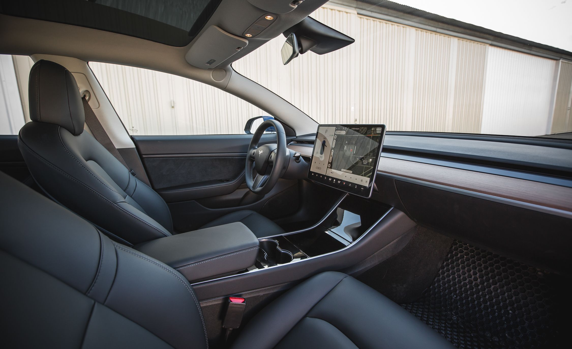 Tesla Moves to Fully Vegan, Leather-Free Interiors in Model