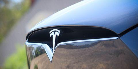 Vehicle, Car, Automotive exterior, Vehicle door, Automotive design, Mid-size car, Automotive lighting, Hood, Tesla model s,
