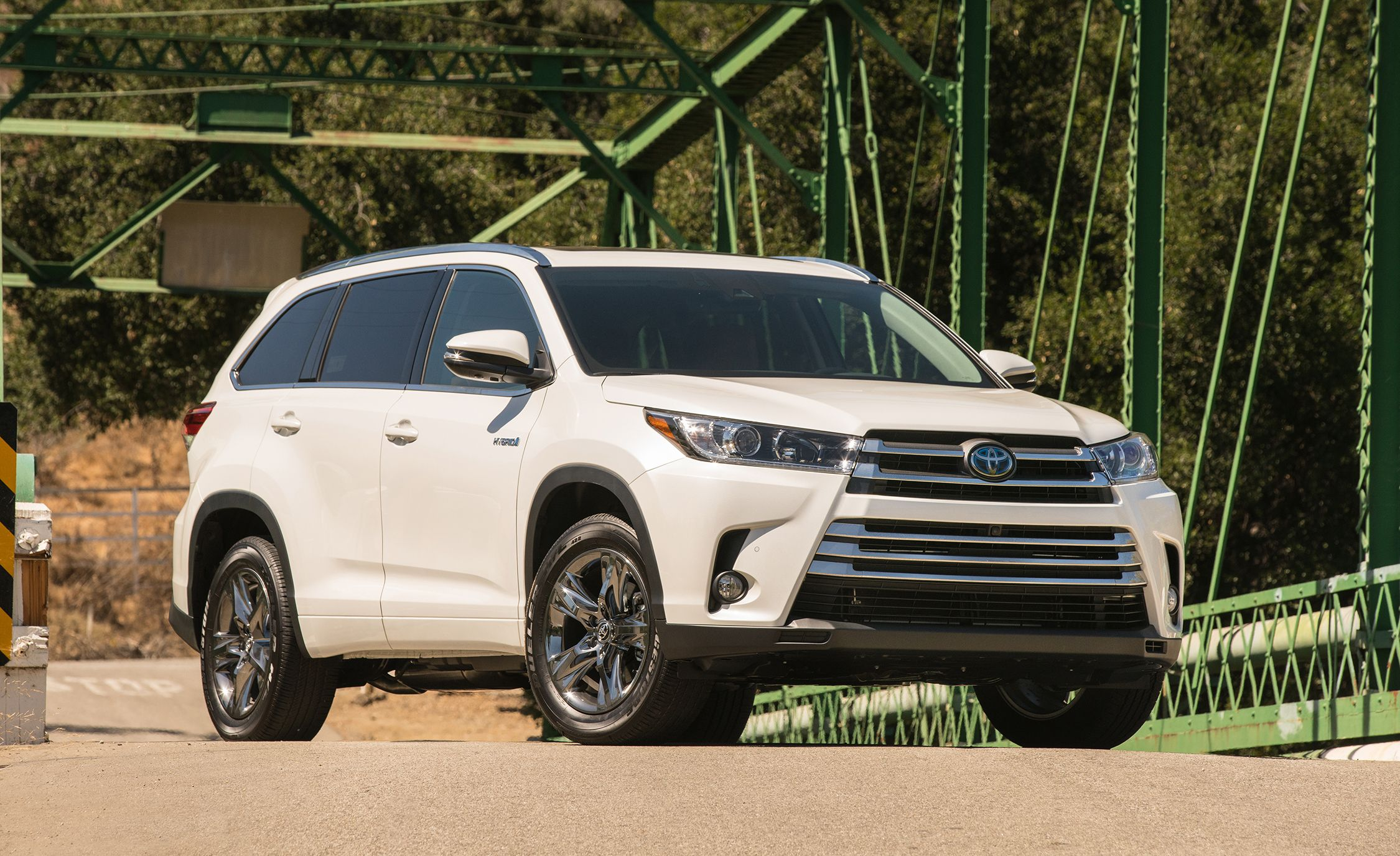 The 25 Best-Selling Cars, Trucks, SUVs, and Crossovers of 2019