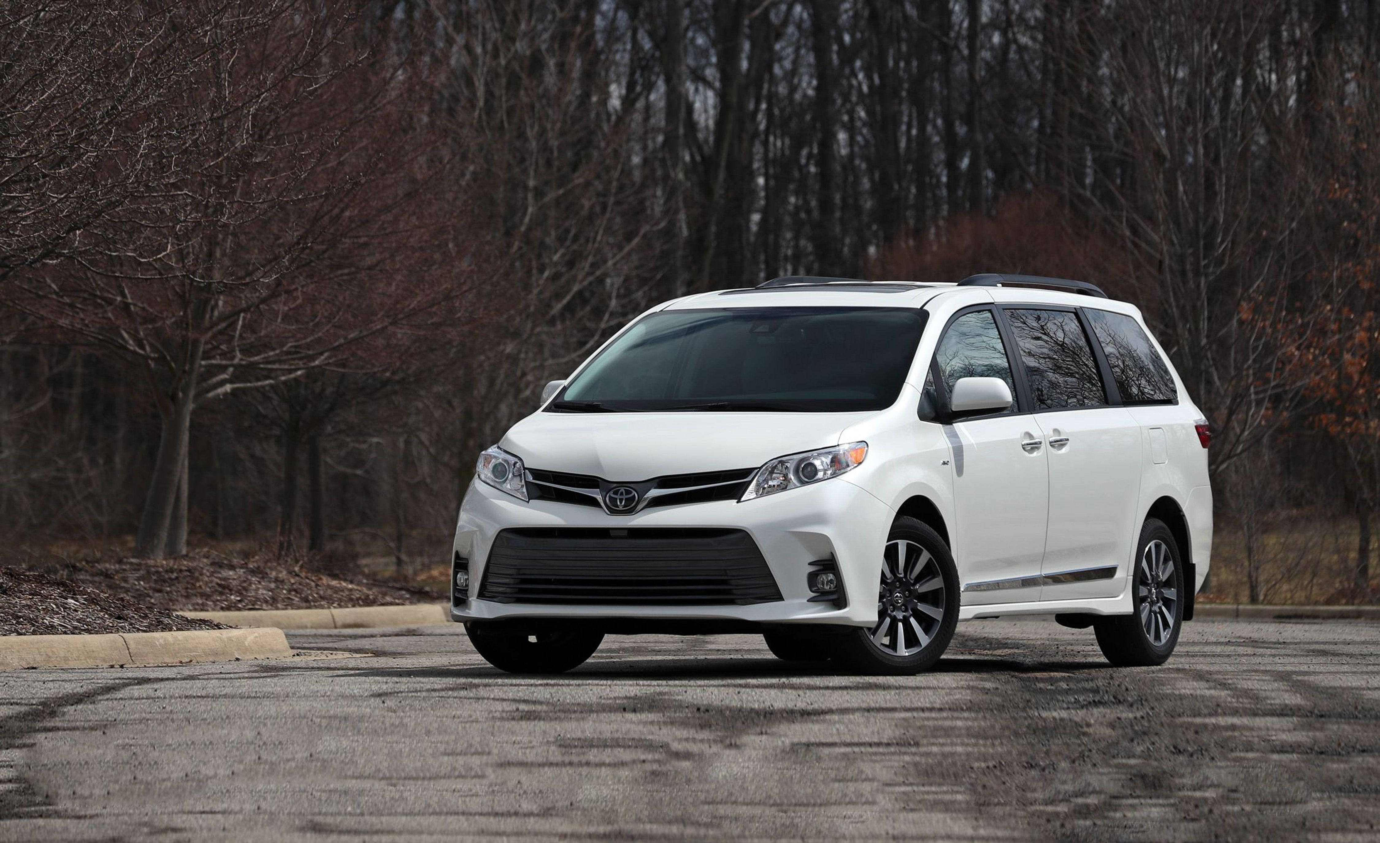2019 toyota sienna review pricing and specs 2019 toyota sienna review pricing and specs