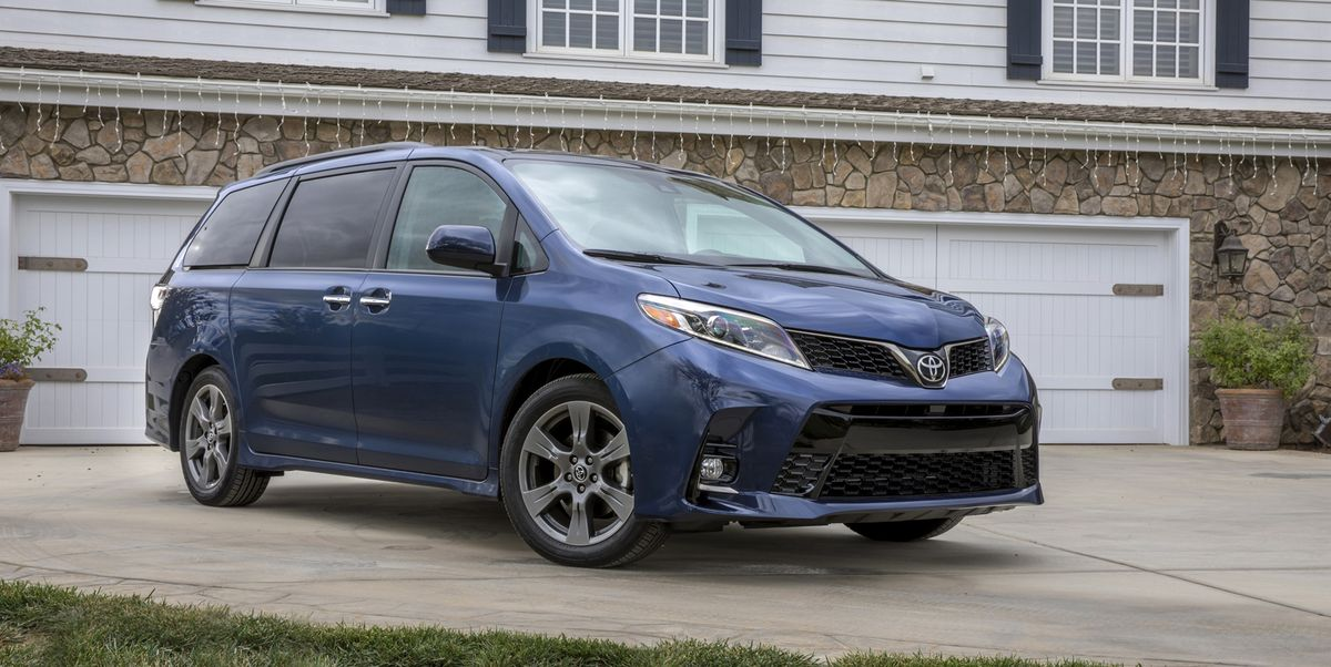 the 2020 toyota sienna xle premium provides solid power but shows its age the 2020 toyota sienna xle premium