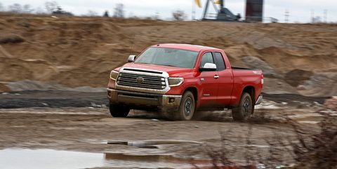 Land vehicle, Vehicle, Car, Off-roading, Regularity rally, Pickup truck, Off-road racing, Mud, Automotive tire, Truck,