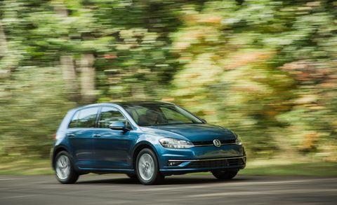 Land vehicle, Vehicle, Car, Hatchback, Volkswagen, Volkswagen golf, Hot hatch, Automotive design, Compact car, Family car,