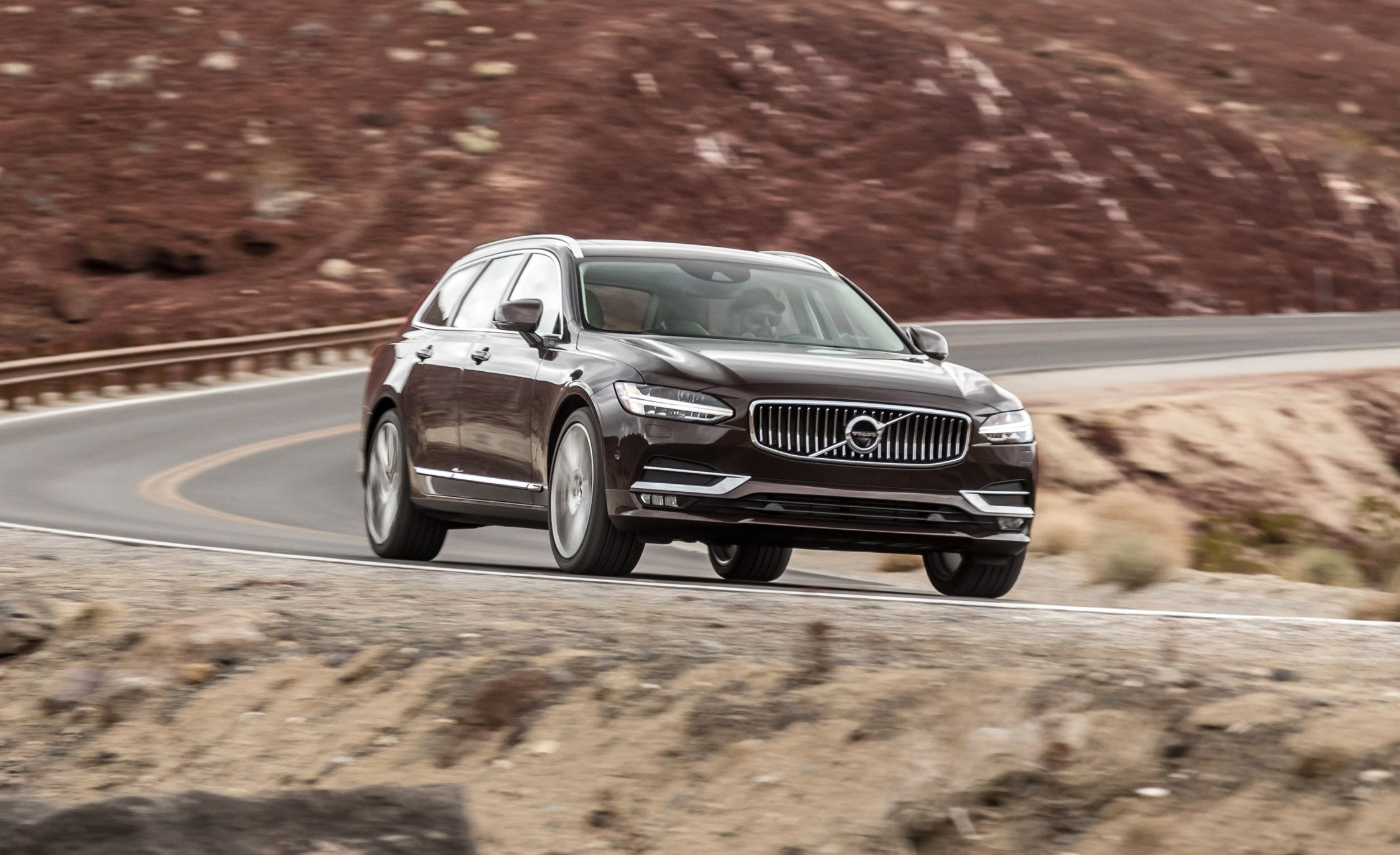 2019 Volvo V90 Review Pricing And Specs