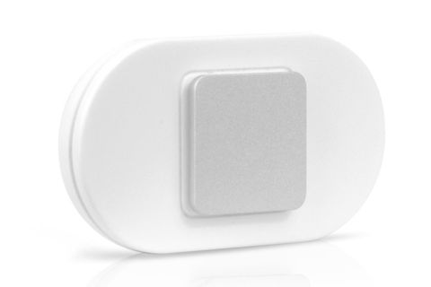 White, Product, Plate, Dishware, Technology, Electronics, Rectangle, Square, Ceiling,