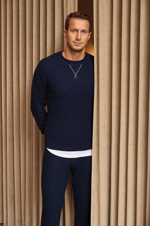 Clothing, Blue, Standing, Sportswear, Neck, Sleeve, T-shirt, Pajamas, Arm, Shoulder,