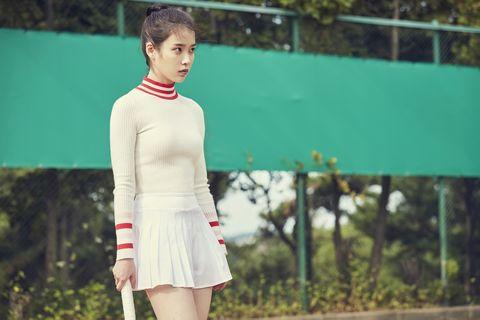 IU李智恩第一部Netflix電影《女孩,四繹》預告超詭異!決鬥裴斗娜、激吻朴海秀,到底是在演什麼?
