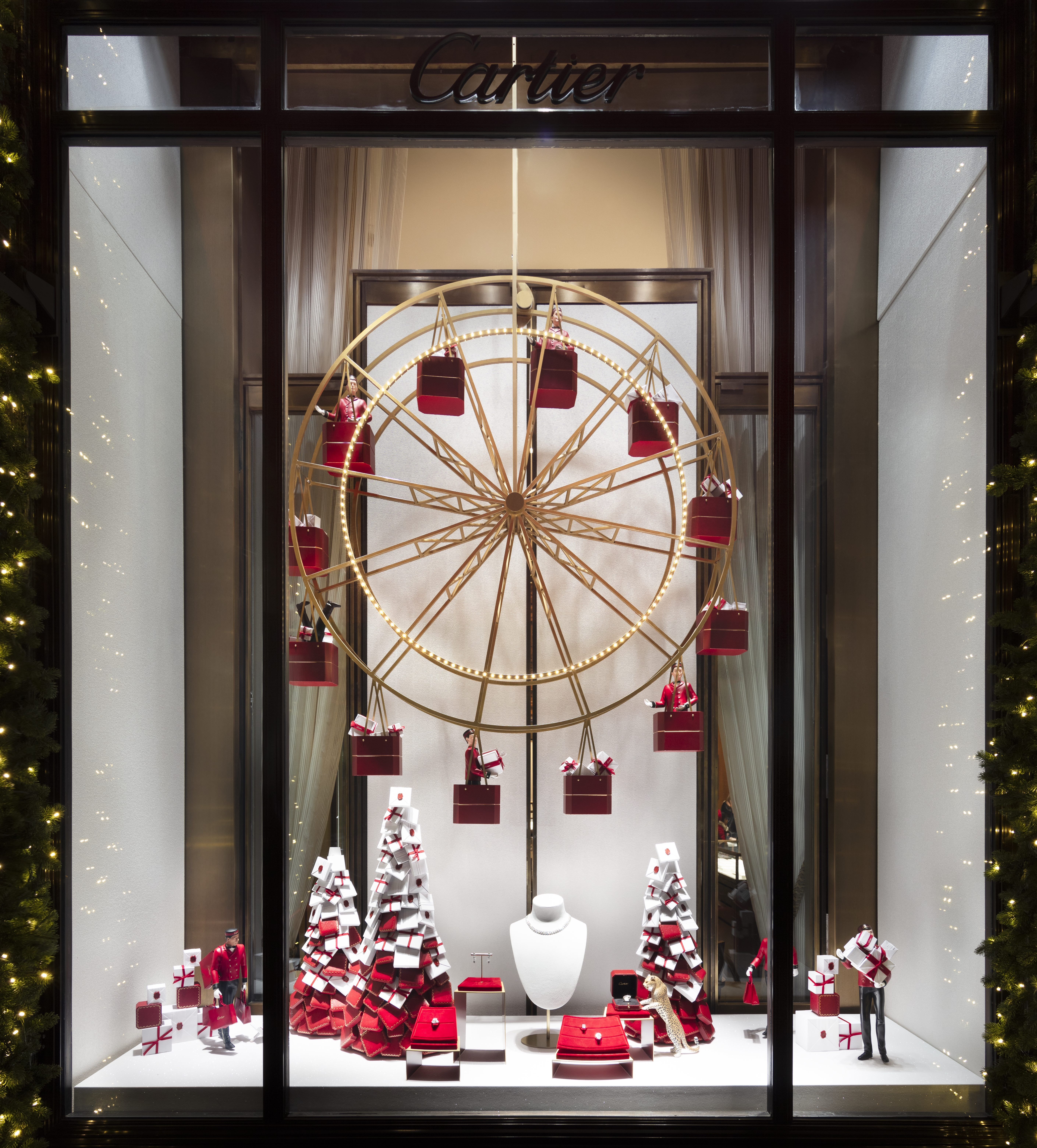 d8e0885cfce21 The Best Christmas Windows in NYC - Holiday Window Displays to Visit in New  York 2018