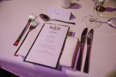 Purple, Text, Pink, Lilac, Violet, Fork, Material property, Cutlery, Tableware, Magenta,