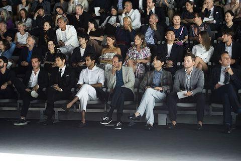西島秀俊,ジョルジオ アルマーニ,メンズコレクション,ファッション,ウームーイエ,GIORGIO ARMANI,アルマーニ,メンズファッション,fashion,