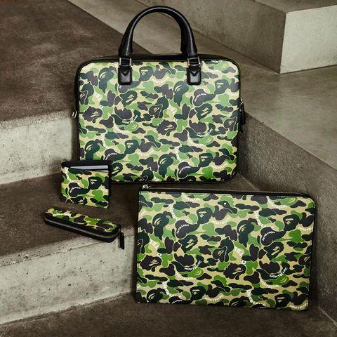 Bag, Green, Handbag, Hand luggage, Fashion accessory, Diaper bag, Design, Luggage and bags, Material property, Shoulder bag,