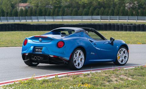 Land vehicle, Vehicle, Car, Coupé, Automotive design, Sports car, Supercar, City car, Performance car, Sedan,