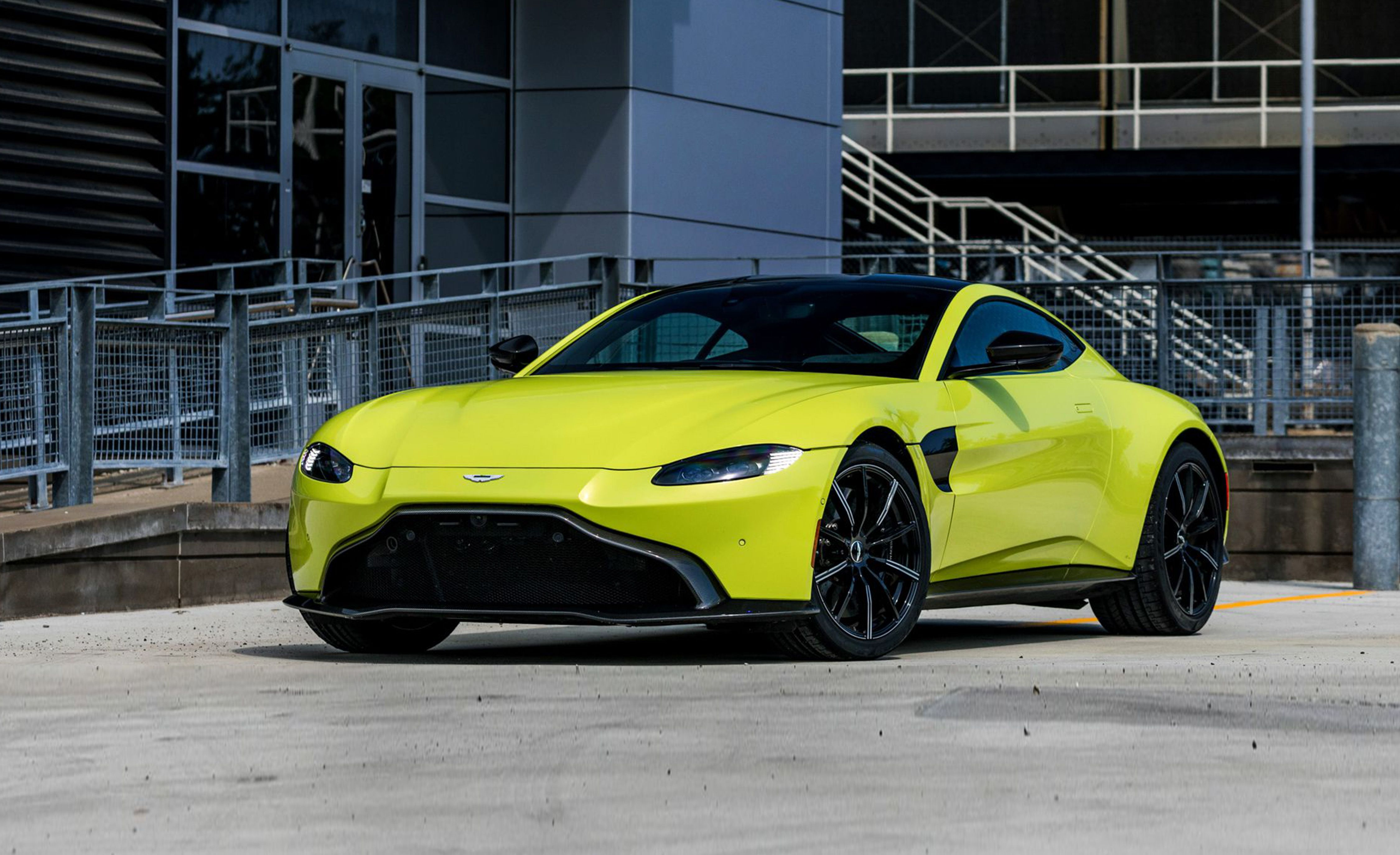 2019 Aston Martin Vantage Review Pricing And Specs