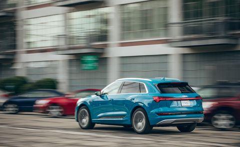 Land vehicle, Vehicle, Car, Audi, Automotive design, Family car, Sport utility vehicle, City car, Hatchback, Automotive tire,