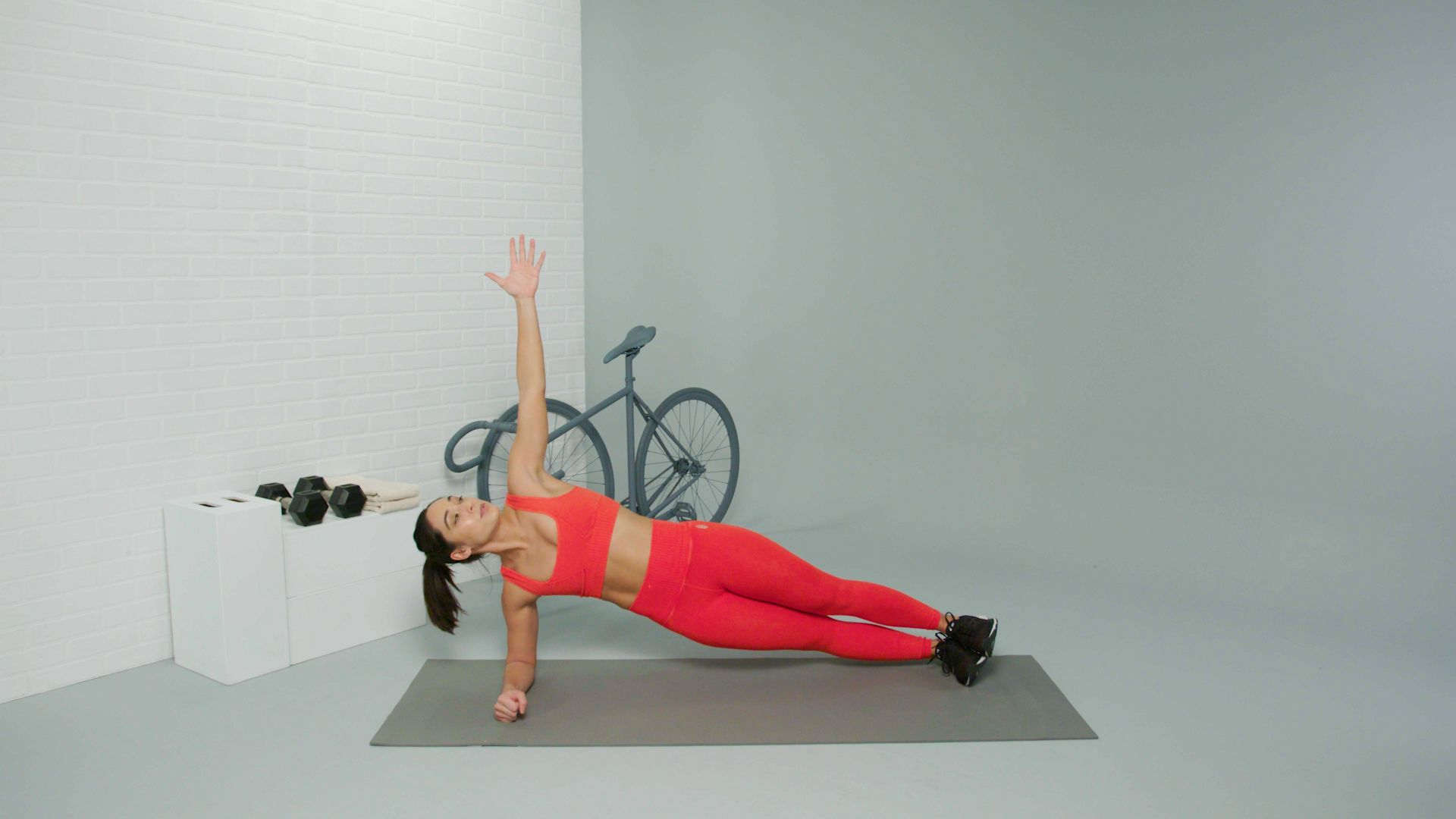 The 8-Minute Abs Circuit That Builds Serious Core Strength