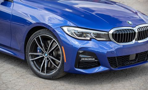 Does the Rear-Drive Sport Version of the 2019 BMW 330i