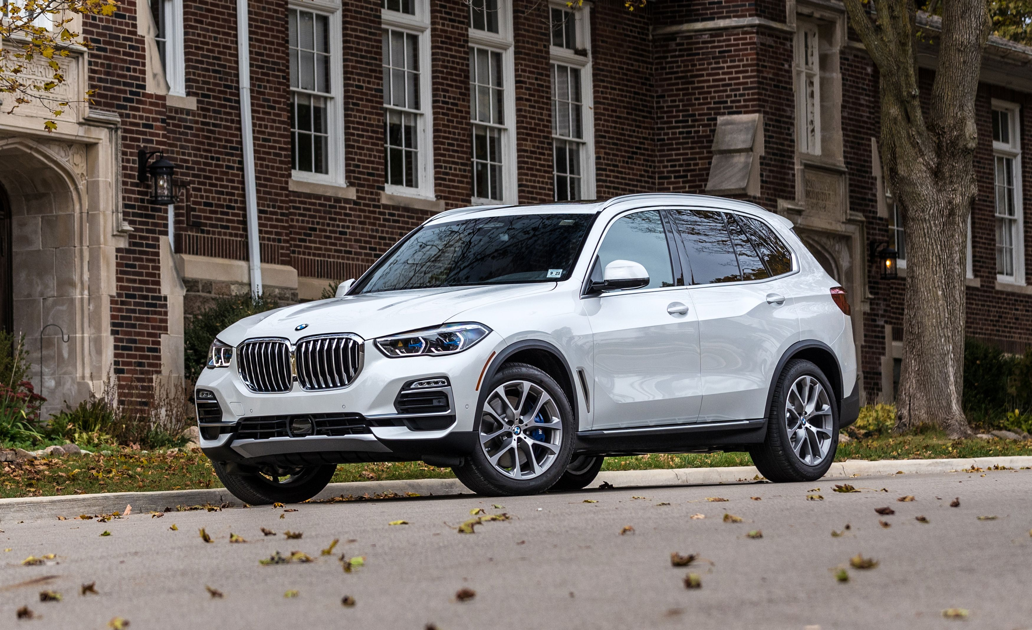 2019 BMW X5 Review, Pricing, and Specs