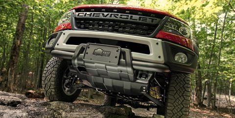 Land vehicle, Vehicle, Tire, Automotive tire, Off-roading, Automotive exterior, Car, Bumper, Auto part, Off-road vehicle,