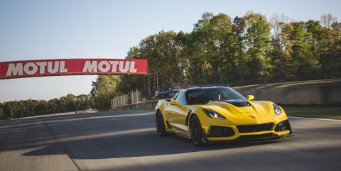 Land vehicle, Vehicle, Car, Sports car, Automotive design, Supercar, Yellow, Performance car, Coupé, Chevrolet corvette c6 zr1,