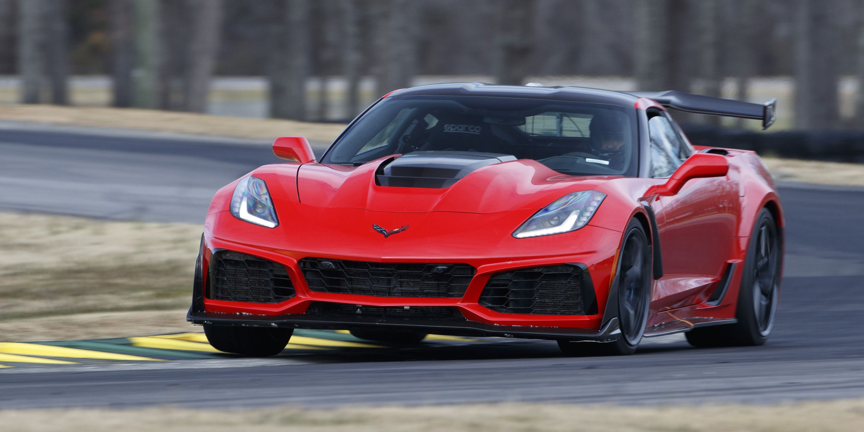 2019 Corvette Zr1 Does 0 60 In 2 85 Seconds Hits 100 In Six Seconds