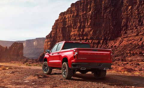 Land vehicle, Vehicle, Car, Off-roading, Automotive tire, Truck bed part, Tire, Off-road vehicle, Pickup truck, Automotive exterior,