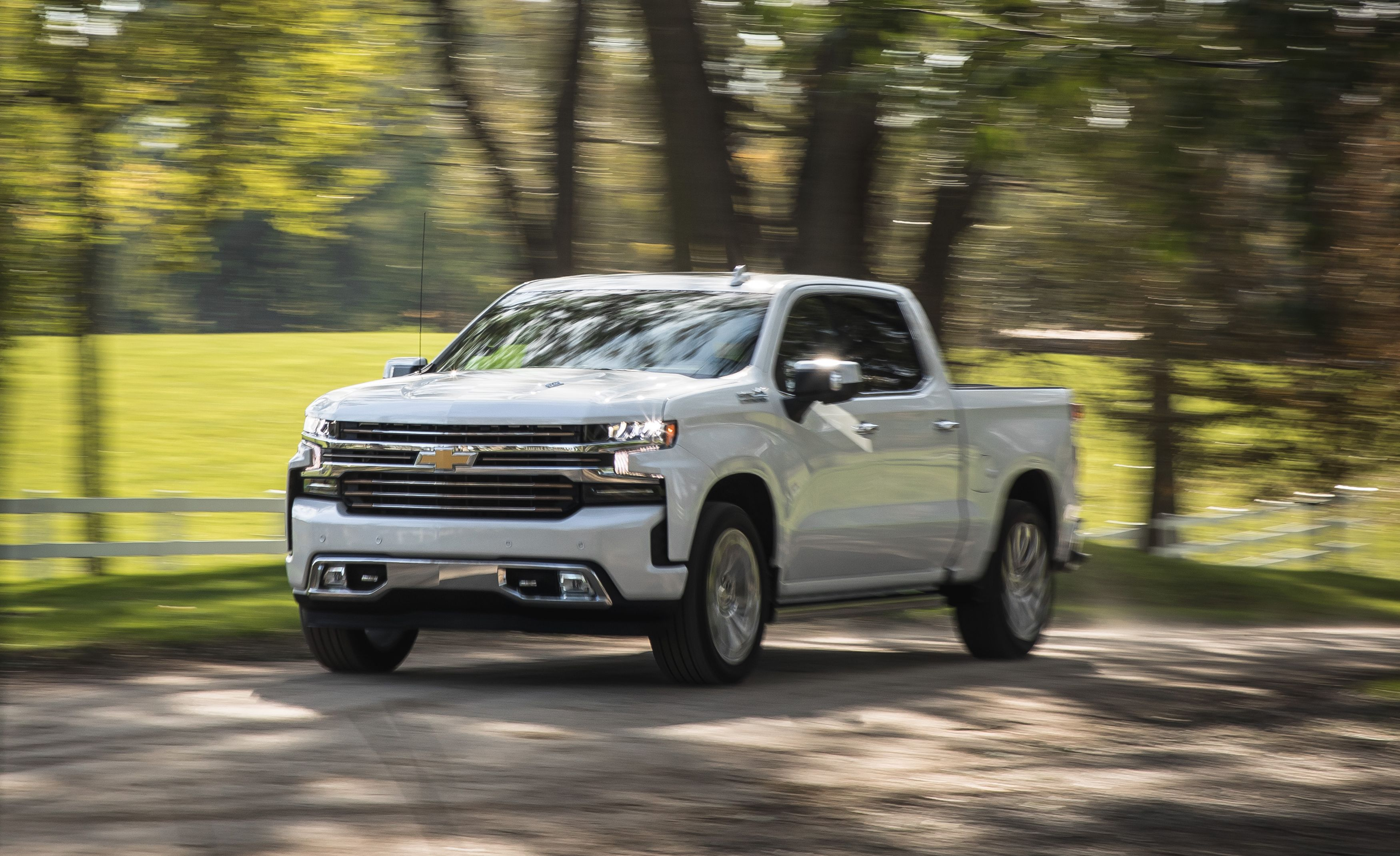 The Chevrolet Silverado 1500 6 2l Packs A Engine In Truck