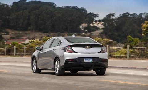 2019 Chevrolet Volt Offers Speedier Charging Other Enhancements