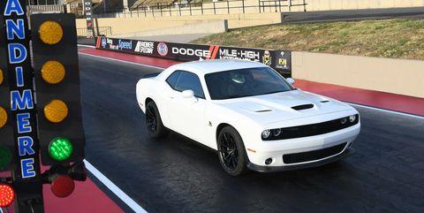 Land vehicle, Vehicle, Car, Sports car, Muscle car, Performance car, Automotive design, Sports car racing, Hood, Coupé,