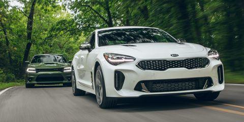 Land vehicle, Vehicle, Car, Motor vehicle, Automotive design, Performance car, Mid-size car, Personal luxury car, Full-size car, Road,