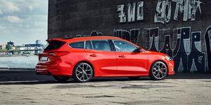 2019 Ford Focus ST Wagon (Euro-spec)