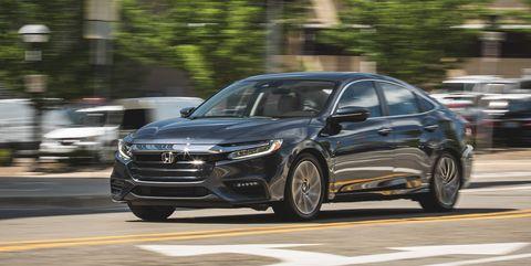 Land vehicle, Vehicle, Car, Mid-size car, Automotive design, Sedan, Full-size car, Family car, Luxury vehicle, Personal luxury car,