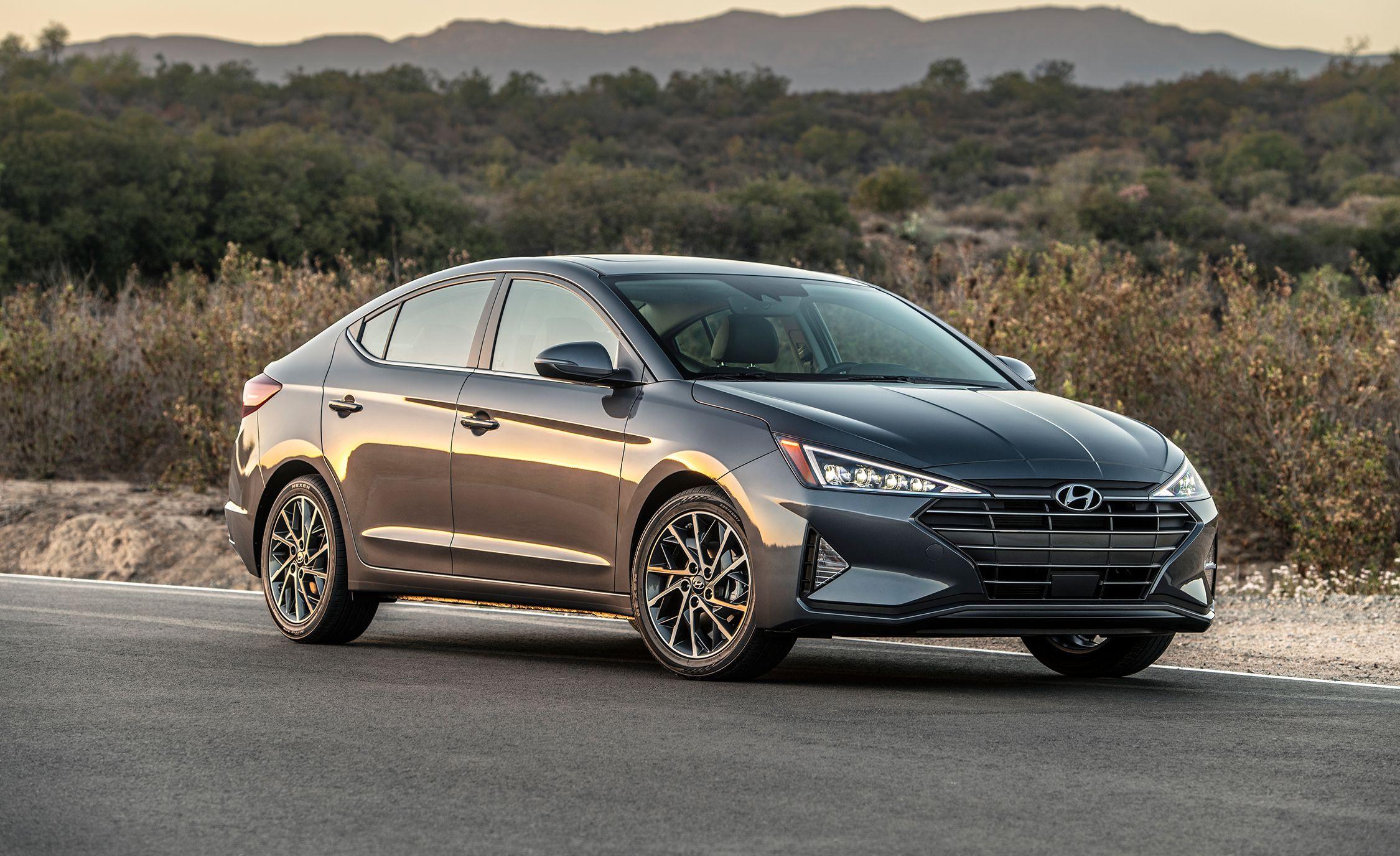 2020 Hyundai Elantra – New Transmission, Improved Fuel Economy