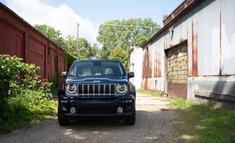 Land vehicle, Vehicle, Car, Jeep, Automotive design, Motor vehicle, Jeep patriot, Bumper, Grille, Automotive exterior,