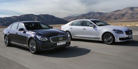 Land vehicle, Vehicle, Car, Luxury vehicle, Personal luxury car, Mid-size car, Performance car, Automotive design, Full-size car, Executive car,