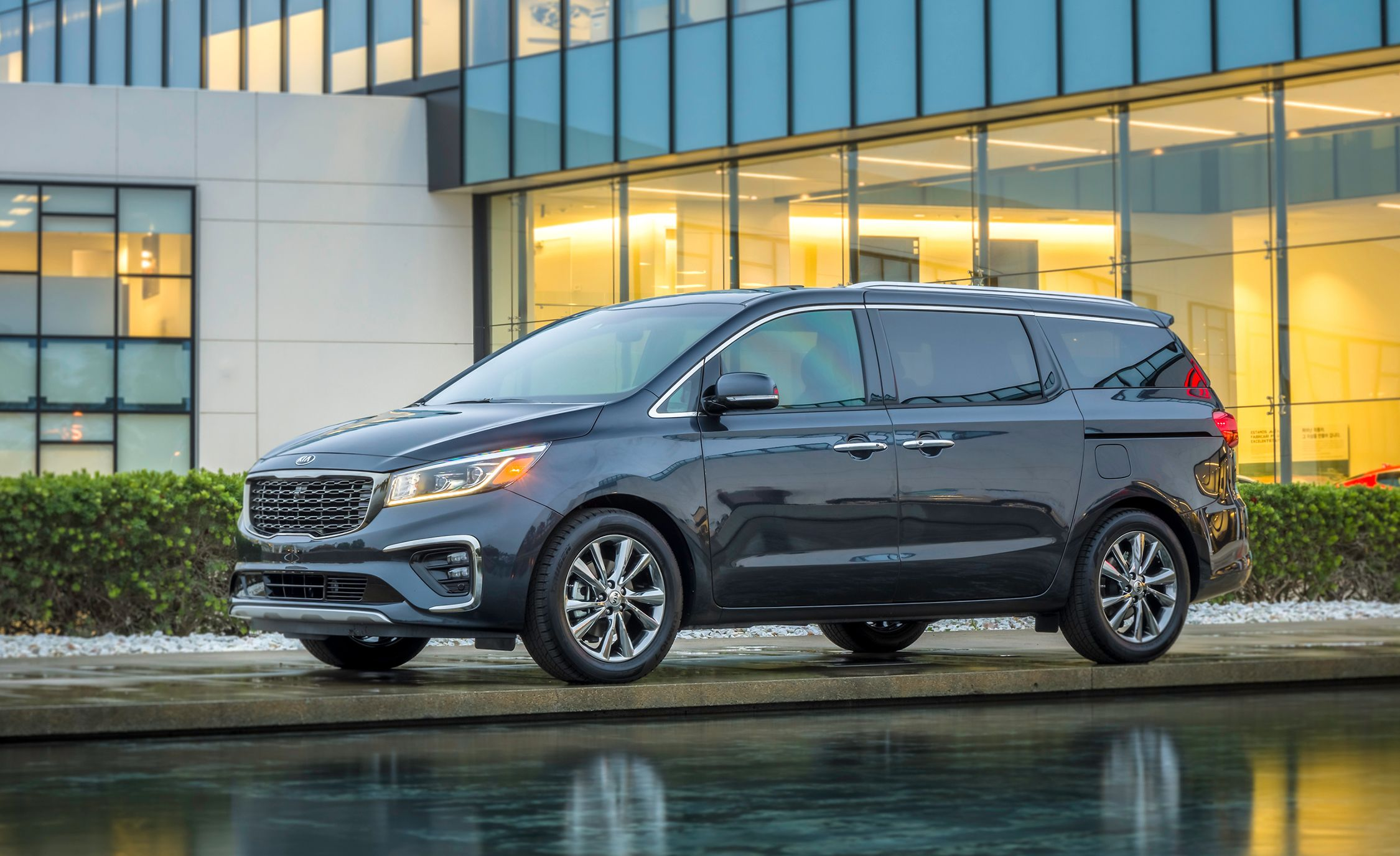 cdd1e747cb67 5 Best New Minivans of 2019 – Every New Minivan