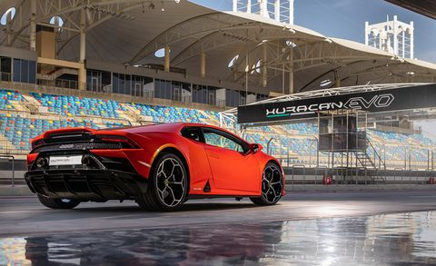 2020 Lamborghini Huracan Evo Improves On The V 10 Supercar