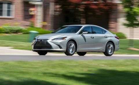 Chris Doane Automotivecar And Driver The Hybrid Version Of New 2019 Lexus Es