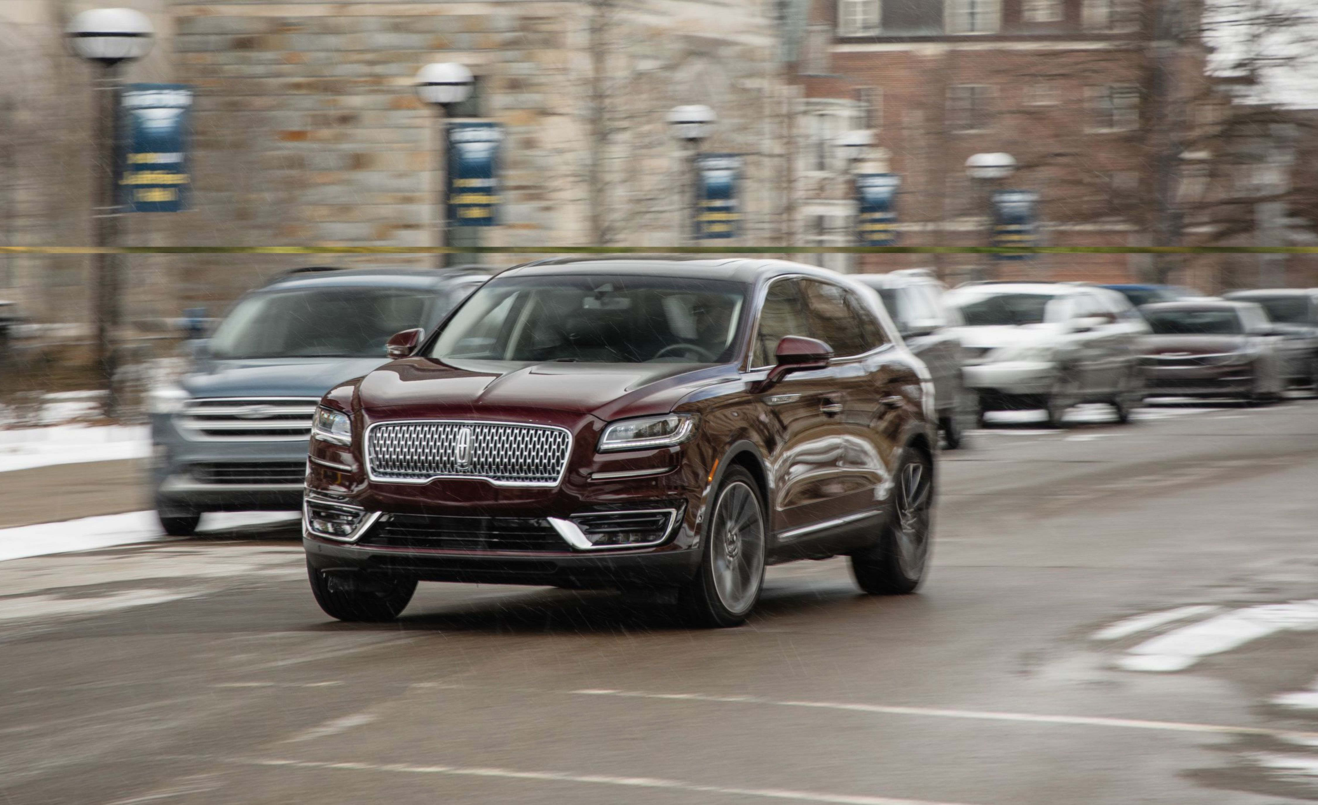2019 Lincoln Nautilus Review Pricing And Specs