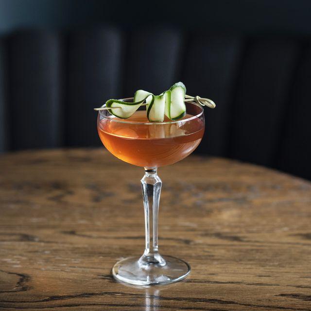 Cocktail garnish, Drink, Food, Classic cocktail, Alcoholic beverage, Non-alcoholic beverage, Ingredient, Cocktail, Daiquiri, Garnish,